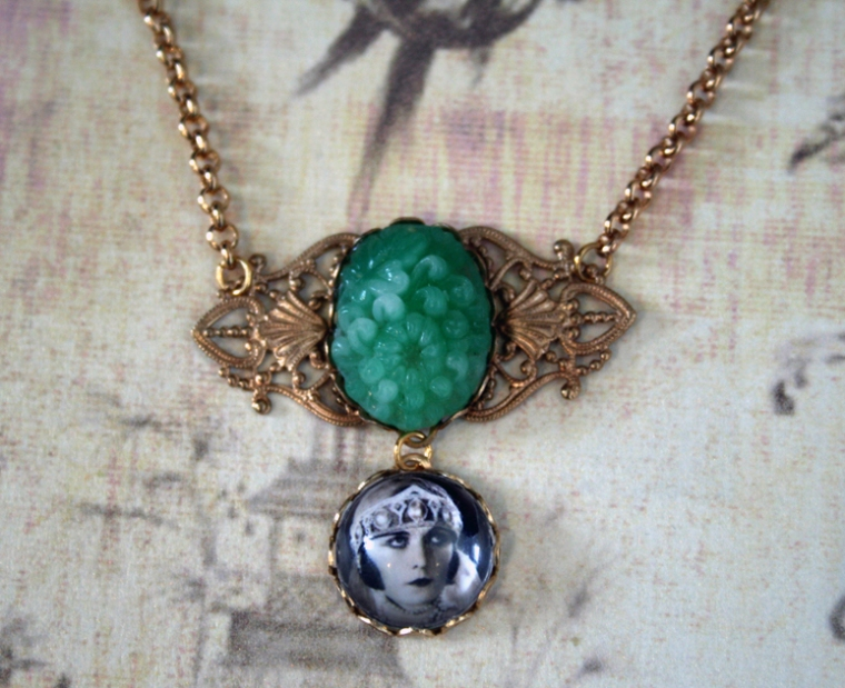 The Flapper Necklace