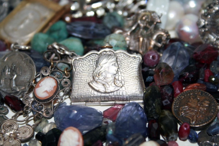 Joan of Arc Purse Locket