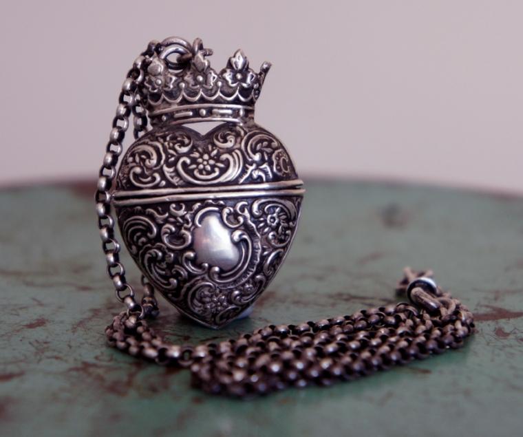 Heart vesta