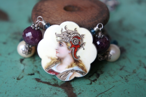 emanel brooch necklace 1