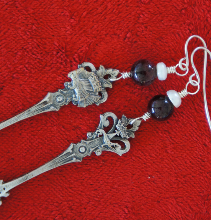 Spoon earrings detail