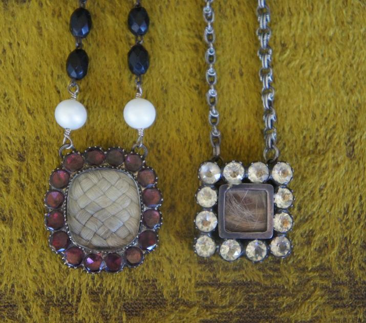 Mourning pendants 1