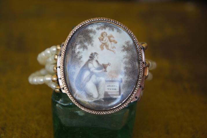 mourning bracelet