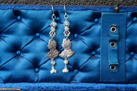 Earrings with silver Marie Antoinette medallions