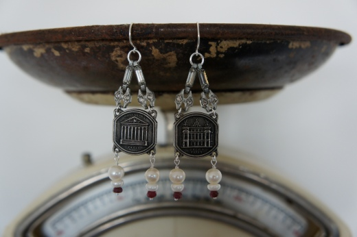 Earrings with Paris souvenirs