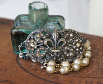 Bracelet made with antique fleur de lys shoe buckle